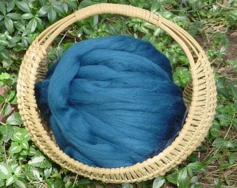 Merino Wool Roving, Sky Blue, 4 ounces