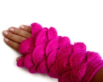Fuchsia color yarn Fingerless Gloves new collection