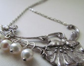 NEW - Poppy in silver with pearls