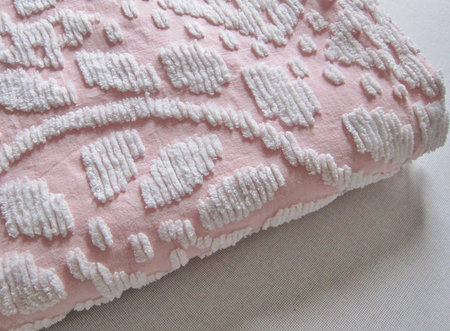 Chenille Bedspread Pink And White 1960s
