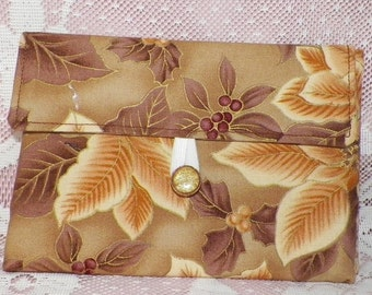 Tea Wallet in Brown Background with Cream/Brown Poinsettias