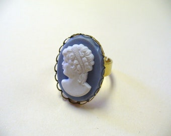 Vintage Gold-Tone Cameo Ring DEADSTOCK