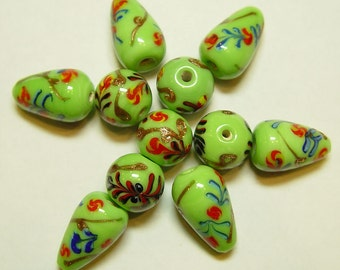 India Glass Flower Beads Lime Green with Mixed Shapes 14mm