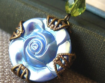Rose Shine II - Blue flower filigree necklace - Elysia