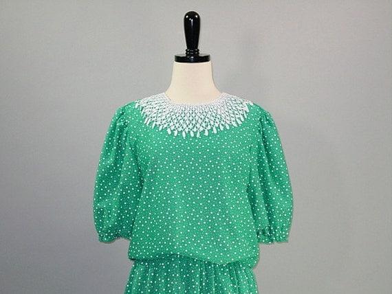 Vintage 70s Dress / Green / CROCHET SECRETARY / m-l