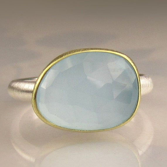 Rose Cut Milky Aquamarine Ring - 18k Gold and Sterling