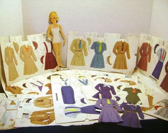 REDUCED Vintage Paper Doll Set, Brownie Uniforms from Around the World, 39 outfits, International Girl Scouting, Ephemera for Paper Crafts