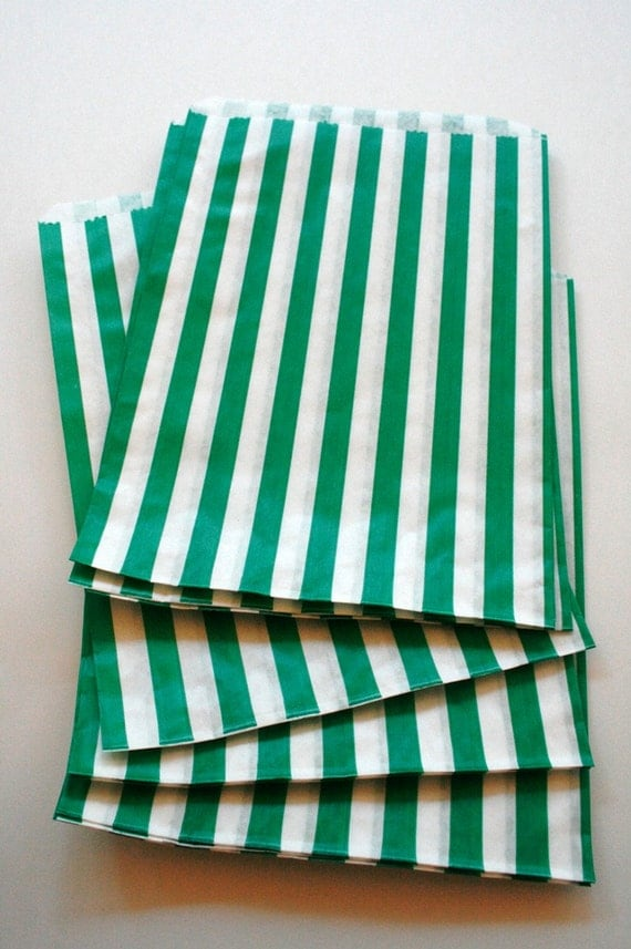 Set of 25 - Traditional Sweet Shop Green Candy Stripe Paper Bags - 5 x 7 New Style