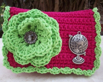 HALF PRICE CLEARANCE  ~  Crocheted Purse  ~  Strawberry and Green Apple with Globe Crocheted Cotton Little Bit Purse