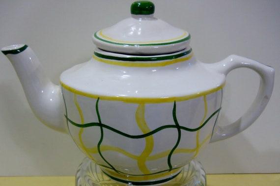 vintage teapot pottery barn ceramic teapot by luvvinjewels. Black Bedroom Furniture Sets. Home Design Ideas
