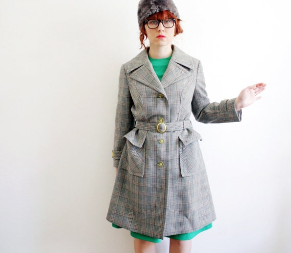 Vintage coat / 1970s checked belted / size S-M