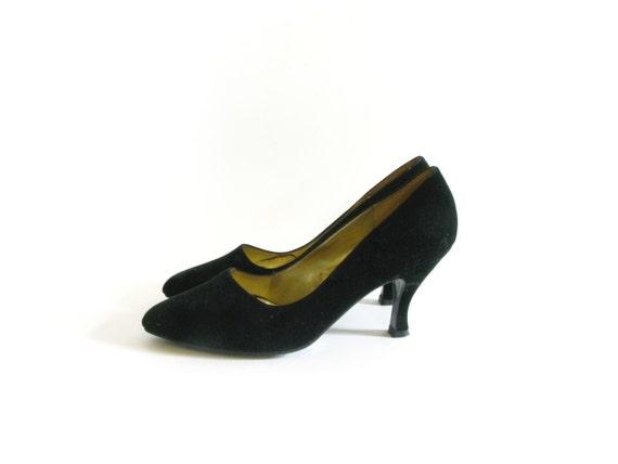 Black Velvet High Heels - size 9.5