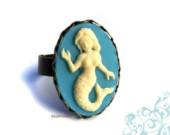 Mermaid Cameo Ring - Adjustable Ring - Vintage Style - Ivory and Teal on Brass Ring - Novelty Ring
