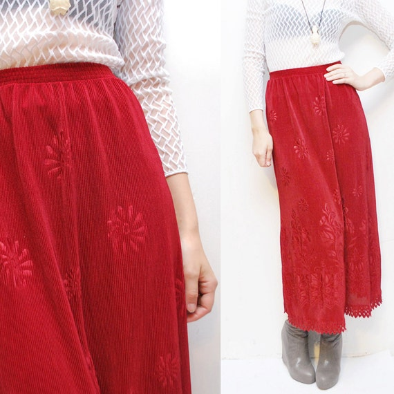 80s 90s cranberry MAXI skirt with scalloped hem - small to medium