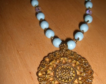 Vintage costume jewelry  /   necklace   /  reduced  was 9.99  now 8.99