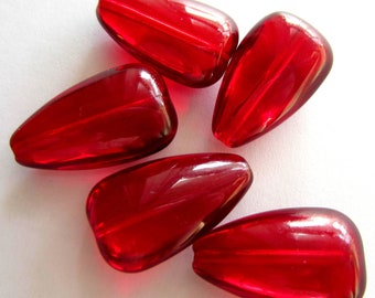 10 Crimsom red Teardrop glass beads ruby red 25mm x 15mm x 6mm