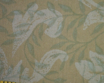Shade of Green Leafy Fabric Vintage (296E)