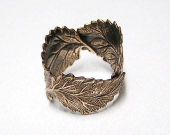 Woodland Three Leaf ring band (br)