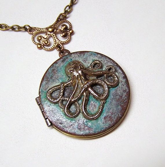 BLUE OCTOPUS LOCKET, Necklace Pendant