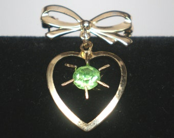Vintage Brooch Bow an Dangling Victorian Heart Pronged Peridot Lime Green Faceted Crystal  Retro Art Deco August Birthstone Stone Statement