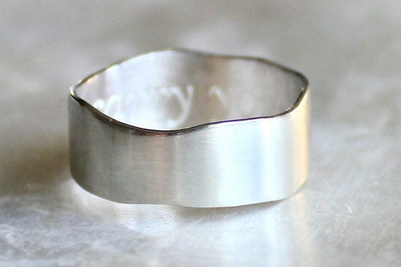 Inscribed Wavy Band of Recycled Sterling Silver - Promise Ring - i carry your heart - E.E. Cummings