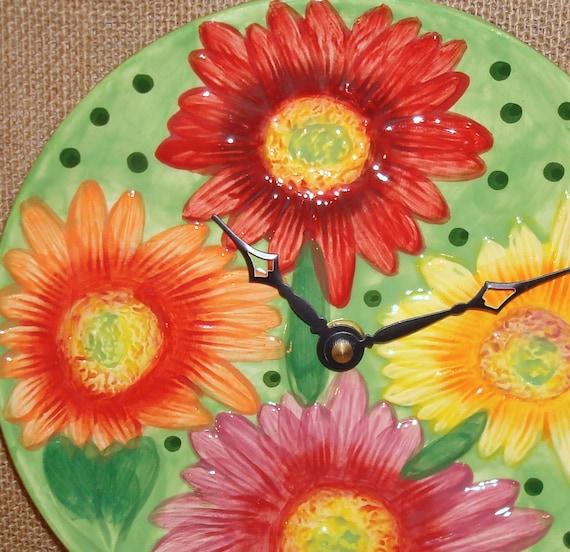 Wall Clock -  Gerbera Daisy Ceramic Plate Wall Clock No. 933 (8 inches)