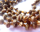 Vintage, Wood and Bead Necklace : N90