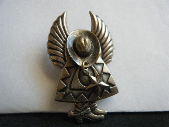 Cowboy Angel with Dangling Star Brooch