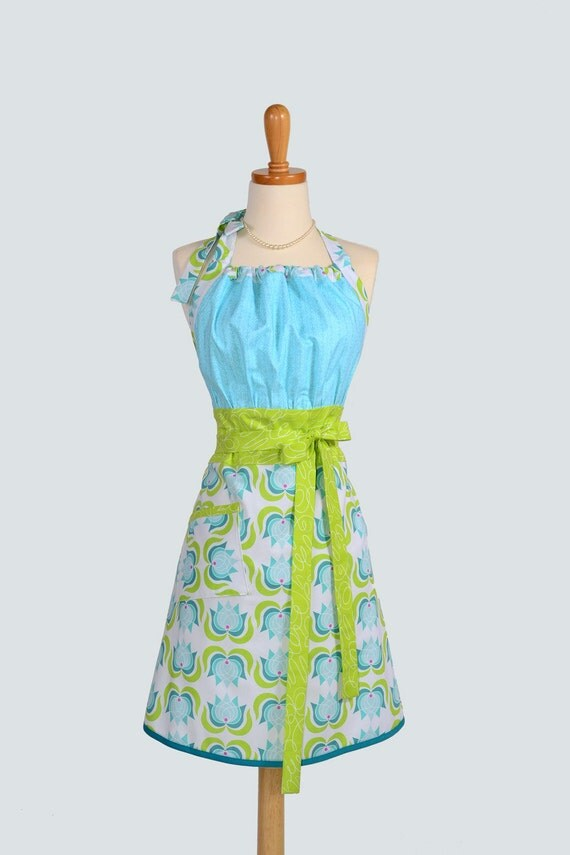 Cute Kitsch Retro Apron / Retro Womans Apron Handmade Kitchen Apron in Michael Millers Lush in Tiffany Blue and Green