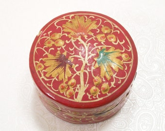 Lacquered Red Trinket Box Floral Wood Round India Ring Vintage