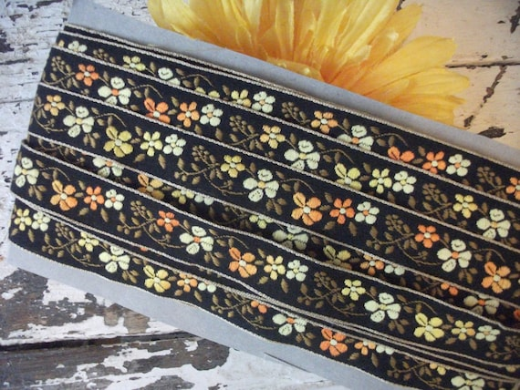 Brown And Yellow Floral Trim - 4 Yards