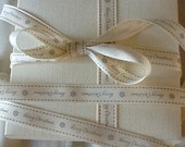 Berisfords CHRISTMAS RIBBON 15mm x 2m  RUSTIC  vintage xmas style stitched  cream blue