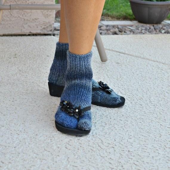 Knitted sandal socks split toe
