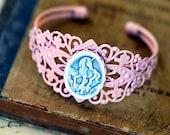 a charming light-PINK Unicorn adjustable Bracelet
