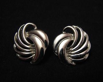 Vintage Silver Tone Swirled Filigree Wave Pierced Earrings