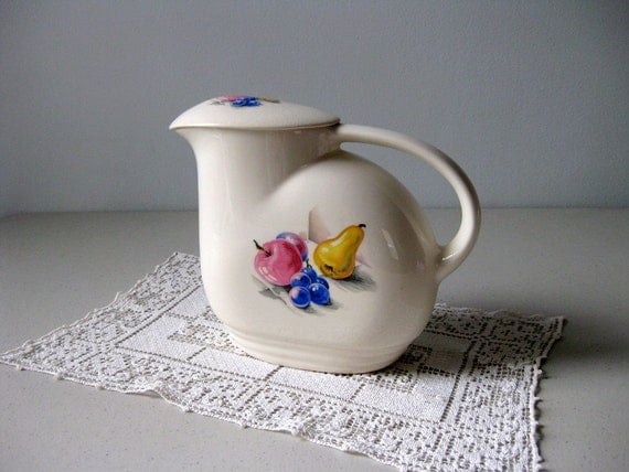 Vintage refrigerator pitcher Knowles Utility Ware