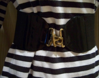 Vintage Black Stretch Belt with Patent Leather and Gold T - Bar Closure