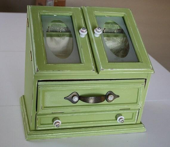 Sweet Pea Jewelry Box