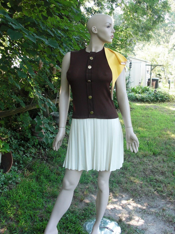 60's Sacony Vintage Dress with Pleated Skirt Size 4-6 60s Dress