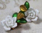 Vintage Carnegie White China Flower and Molded Glass Leaf Golden Clip On Earrings