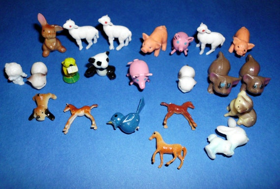 Miniatures Animals Cupcake Toppers Miniatures for Christmas Village. 22 pieces Pigs Birds Cat Kitty Poodle Sheep Bunny Horse Panda Dog
