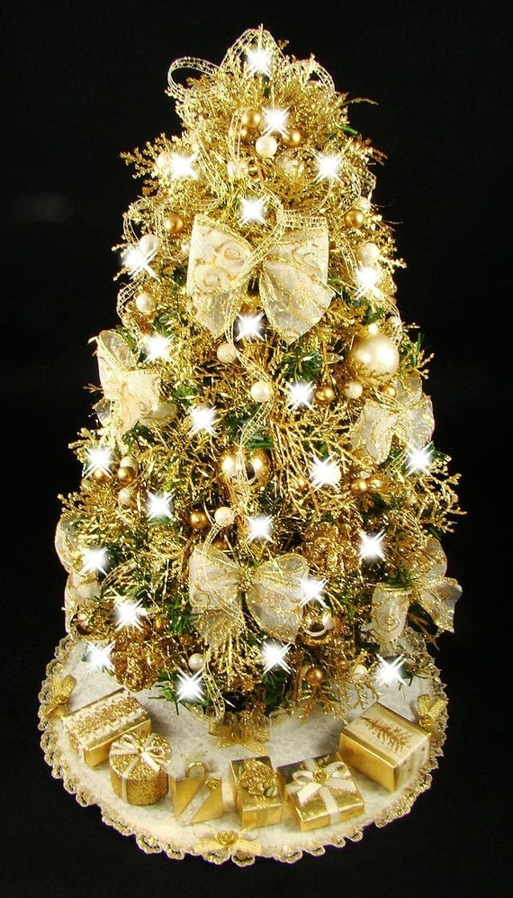 Mini tabletop gold antique white christmas tree 17 inches for Gold christmas tree lights