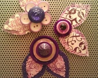 Purple and White Button Flower Magnets ~ Desk Accessories ~ Gift for Girl ~ Girls Bedroom Decor ~ For Bulletin Board ~ Boho Art