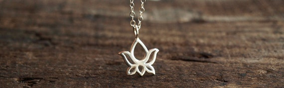 Silver Lotus Necklace in Sterling Silver