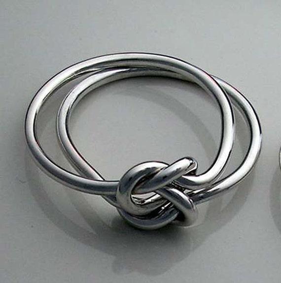 celtic double love knot ring in 18 gauge sterling silver. Black Bedroom Furniture Sets. Home Design Ideas