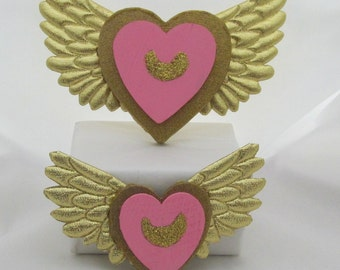 Super Sailor Moon Heart and Wings Brooch Costume Cosplay Accessories