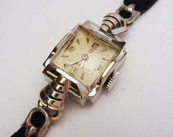 14kt Omega Ladies Watch 1950s Not Working