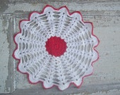 """Accessorize with a Vintage Doily 10"""" rd"""