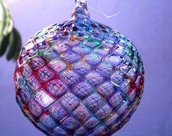 HAND BLOWN GLASS Christmas Ornament Suncatcher Ball Faceted Pattern