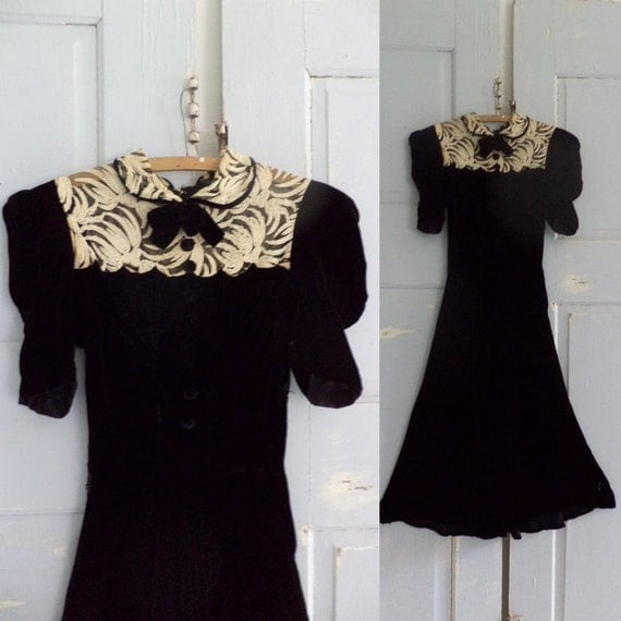 Vintage 1940s Dress 40s Dress Black Velvet Cocktail Semi Formal Lace Party Size Small